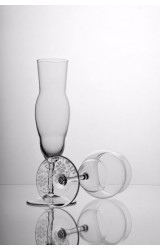 CLASSIC – WINE GLASS FOR WHITE WINE WITH SANDED DECORATION AT THE BOTTOM, HANDBLOWN GLASS, MADE FROM BOHEMIAN CRYSTAL.