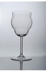 CLASSIC – WINE GLASS FOR RED WINE WITH SANDED DECORATION AT THE BOTTOM, HANDBLOWN GLASS, MADE FROM BOHEMIAN CRYSTAL.